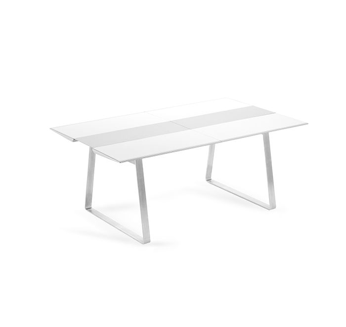 Medium extrados dining table extendable